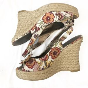 Mode spana wedge floral bow espadrilles, size 9